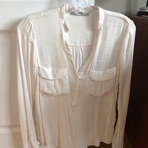 Off white chic blouse
